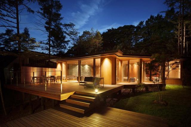 wide patio modern house resort (8)