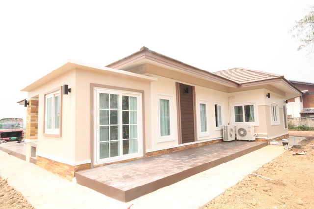 3 bedroom contemporary house plan (23)
