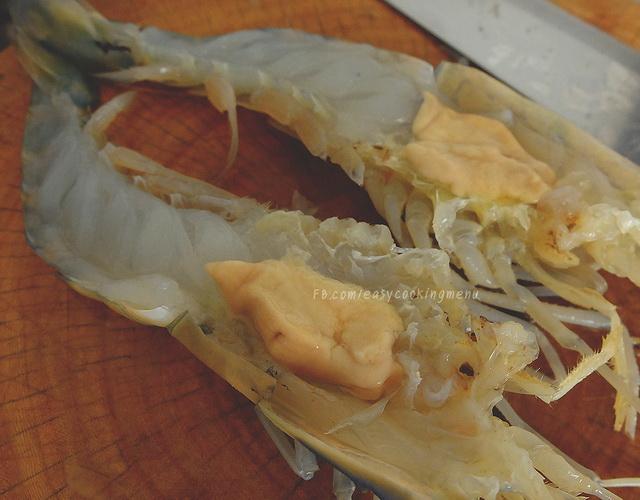 peeling shrimp cooking tip (9)