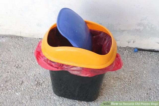 plastic bag reuse ideas (1)