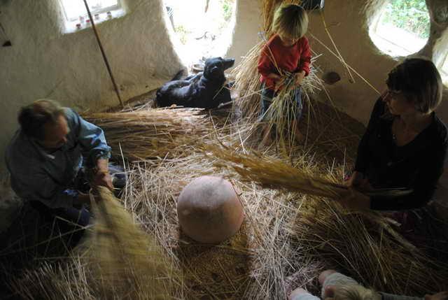 retired-teacher-builds-hobbit-home (1)
