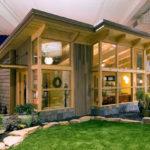บ้านไม้น็อคดาวน์เพิงหมาแหงน ฟังก์ชั่นทันสมัย ภายใต้กลิ่นอายแบบดั้งเดิม กับการออกแบบที่เป็นมิตรกับธรรมชาติ