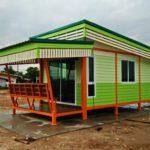 บ้านน็อคดาวน์โมเดิร์นโทนสีเขียว โครงสร้างแข็งแรง สวยทนอยู่นาน ในงบประมาณไม่เกิน 300,000 บาท
