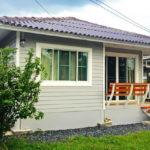 บ้านชั้นเดียวทรงปั้นหยาโทนสีเทา ตกแต่งภายในสไตล์วินเทจ น่ารักอบอุ่นทุกอณูพื้นที่