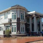 บ้านสองชั้นหลังใหญ่ สไตล์คลาสสิค กลิ่นอายดั้งเดิมแบบตะวันตก 5 ห้องนอน 5 ห้องน้ำ