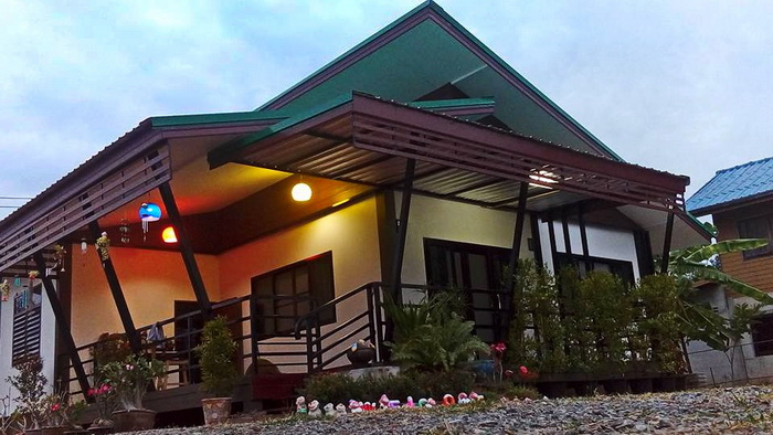 บ้านสวนขนาดชั้นเดียว สวยงามสไตล์ร้านกาแฟ 2 ห้องนอน 1