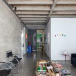 พาชม อพาร์ทเมนต์ แนวอินดัสเทรียลลอฟท์ เน้นงานภายใน วัสดุปูนเปลือย และงานโชว์โครงสร้าง