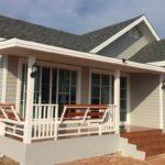 แบบบ้านชั้นเดียวโครงสร้างเหล็ก แต่งไม้ฝาโทนสีเทา สวยเรียบง่ายสไตล์วินเทจ