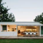บ้านสวนสีขาว ผสมการออกแบบเรียบง่าย ให้บรรยากาศที่อ่อนโยนและอบอุ่น