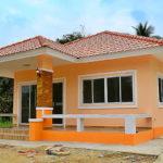 บ้านชั้นเดียวสไตล์ร่วมสมัย ตกแต่งด้วยโทนสีส้ม อบอุ่น เรียบง่าย กะทัดรัด