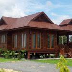แบบบ้านไม้เรือนไทยประยุกต์ พร้อมศาลานั่งเล่น โดดเด่นด้วยสถาปัตยกรรมล้านนาสุดคลาสสิค