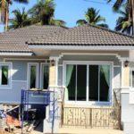 บ้านชั้นเดียวร่วมสมัย 3 ห้องนอน 2 ห้องน้ำ เหมาะสำหรับครอบครัวเริ่มต้น สร้างได้ด้วยงบเพียง 7.5 แสนบาท