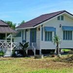 บ้านสวนสีขาวกลางทุ่งหญ้า บนพื้นที่สองไร่ กับประสบการณ์การสร้างบ้านหลังแรก