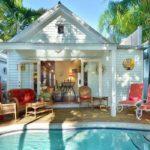 บ้านเดี่ยวชั้นเดียว สไตล์บังกะโล ภายในตกแต่งอบอุ่นด้วยโทนสี ฟังก์ชันคุ้มค่า ที่มาพร้อมสระว่ายน้ำหลังบ้าน