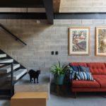 บ้านทาวน์เฮ้าส์ สวยทันสมัย ในสไตล์โมเดิร์น พร้อมการตกแต่งกระจกใส เพื่อการอยู่อาศัยอย่างมีความสุข