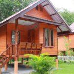 บ้านไม้ชั้นเดียวยกพื้น สไตล์ไทยประยุกต์ สวยงามมีเอกลักษณ์ ในขนาดกะทัดรัดสุดเรียบง่าย