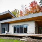 บ้านสไตล์โมเดิร์นเพื่อการพักผ่อน โอบล้อมด้วยธรรมชาติอันสวยงาม สดชื่น มีชีวิตชีวา
