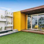 เปลี่ยนตู้คอนเทนเนอร์สุดธรรมดา ให้เป็นบ้านสวยแสนอบอุ่น พร้อมมุมพักผ่อน และสวนสีเขียว