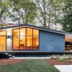 รีโนเวทบ้านฟาร์มเก่า เป็นบ้านโมเดิร์นสุดเนี้ยบ พร้อมการออกแบบที่แสนอบอุ่น