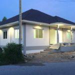 บ้านชั้นเดียวสุดเรียบง่าย สไตล์ร่วมสมัย 4 ห้องนอน 2 ห้องน้ำ พื้นที่ใช้สอย 138 ตรม. งบประมาณ 1.2 ล้านบาท (ก่อสร้างที่จังหวัดชลบุรี)