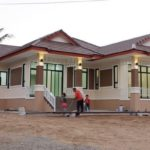 บ้านชั้นเดียว ดีไซน์ร่วมสมัย 3 ห้องนอน 2 ห้องน้ำ พื้นที่ใช้สอย 120 ตร.ม. ในงบ 1.4 ล้านบาท (สร้างที่ จ.มหาสารคาม)