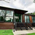 บ้านพักตากอากาศชั้นเดียว สไตล์คอนเทมโพรารี 2 ห้องนอน 2 ห้องน้ำ ออกแบบการใช้งานเพื่อผู้สูงอายุ