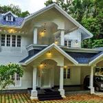 บ้านสองชั้นรูปทรงร่วมสมัย โทนสีขาวบริสุทธิ์ โอบล้อมด้วยธรรมชาติแสนร่มรื่น