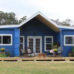 บ้านตู้คอนเทนเนอร์โทนสีฟ้า ดีไซน์น่ารัก ขนาดเล็กแต่ครอบคลุมทุกการใช้งาน