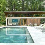 บ้านตากอากาศสไตล์โมเดิร์น พร้อมสระว่ายน้ำกลางแจ้ง ท่ามกลางบรรยากาศธรรมชาติ