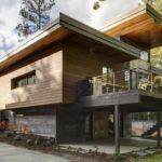 บ้านไม้สองชั้น สไตล์คอนเทมโพรารีลอฟท์ เชื่อมโยงชีวิตเข้าสู่พื้นที่ธรรมชาติ ในบรรยากาศพักผ่อนสุดเรียบง่าย