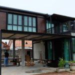 บ้านสองชั้น โครงเหล็กน็อคดาวน์ 2 ห้องนอน 2 ห้องน้ำพร้อมใต้ถุนและระเบียงรับลมสุดชิลล์