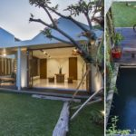 บ้านสไตล์คอนเทมโพรารี บรรยากาศอบอุ่น กลมกลืนไปกับธรรมชาติด้วยสวนสวยและบ่อปลากลางบ้าน