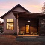 บ้านไม้สไตล์รัสติค ดีไซน์ประหยัดพลังงาน ออกแบบให้มีความกลมกลืนไปกับธรรมชาติ