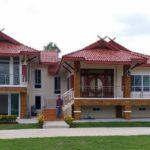 บ้านทรงไทยประยุกต์สองชั้น ดีไซน์สวยงามสะท้อนเอกลักษณ์แบบไทยๆ ภายใต้บรรยากาศที่เป็นธรรมชาติ