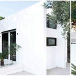 บ้านชั้นเดียวสไตล์โมเดิร์น โดดเด่นด้วยการตกแต่งโทนสีขาว มีดีไซน์เรียบง่ายที่แฝงไว้ด้วยบรรยากาศพักผ่อนสุดสบาย