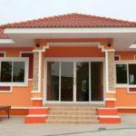 บ้านโทนสีส้มชั้นเดียว รูปลักษณ์โดดเด่นในดีไซน์ร่วมสมัย พื้นที่พักผ่อนกว้างขวาง ในงบประมาณไม่ถึง 1 ล้านบาท