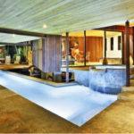 """ไอเดีย """"สระว่ายน้ำในบ้าน"""" สร้างพื้นที่สำหรับการออกกำลังกาย และการสังสรรค์ภายในบ้าน"""
