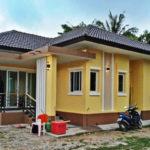 บ้านชั้นเดียวสไตล์คอนเทมโพรารี ตกแต่งสีเหลืองสดใส พร้อมพื้นที่ใช้สอย 90 ตารางเมตร (ก่อสร้างที่จังหวัดศรีสะเกษ)