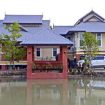 บ้านทรงไทยประยุกต์ยกพื้นสูง 3 ห้องนอน 3 ห้องน้ำ พร้อมพื้นที่จอดรถ