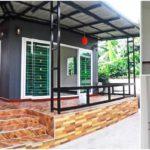 บ้านหลังเล็กแนวโมเดิร์น เน้นความเรียบง่ายโปร่งโล่ง กับหนึ่งห้องใหญ่พร้อมห้องน้ำในตัว ภายในงบ 320,000 บาท