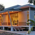 บ้านยกพื้นสไตล์โมเดิร์น 3 ห้องนอน 2 ห้องน้ำ พร้อมมุมทำครัวไทย ภายใต้งบประมาณเพียง 695,000 บาท