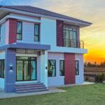 บ้านสองชั้นสไตล์คอนเทมโพรารี ออกแบบภายนอกเรียบง่าย ภายในกว้างขว้าง ขนาด 3 ห้องนอน 3 ห้องน้ำ