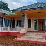บ้านสไตล์คอนเทมโพรารี หลังคาแฝดทรงปั้นหยา พร้อมระเบียงสวย งบก่อสร้าง 990,000 บาท