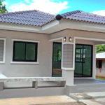 บ้านหลังเล็กสไตล์คอนเทมโพรารี หลังคาปั้นหยาเรียบง่าย 2 ห้องนอน 1 ห้องน้ำ งบประมาณ 700,000 บาท