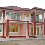 บ้านสองชั้นสไตล์คอนเทมโพรารี 5 ห้องนอน 4 ห้องน้ำ ออกแบบสวยหรูในโทนสีชมพูสดใส