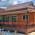 บ้านสวนสไตล์ชนบท ตกแต่งด้วยผนังไม้เทียม 2 ห้องนอน 2 ห้องน้ำ งบเริ่มต้น 900,000 บาท