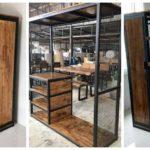 """34 ไอเดีย """"ตู้เสื้อผ้าสไตล์ลอฟท์"""" เฟอร์นิเจอร์สวยจากโครงเหล็กและงานไม้ แต่งห้องนอนได้ทุกสไตล์"""