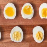 """แชร์เทคนิค """"ต้มไข่ให้เพอร์เฟ็กต์"""" เลือกระดับความสุกได้ตามใจชอบ อร่อยง่ายๆ ภายในเวลาไม่กี่นาที"""