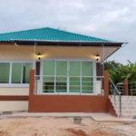 บ้านรูปทรงร่วมสมัยหลังเล็ก พร้อมเฉลียงเปิดโล่ง 2 ห้องนอน 1 ห้องน้ำ งบก่อสร้าง 680,000 บาท