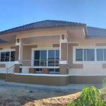 บ้านชั้นเดียวยกพื้นต่ำ สไตล์คอนเทมโพรารี 2 ห้องนอน 2 ห้องน้ำ งบก่อสร้าง 950,000 บาท